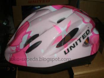 Helm Anak Merk Mds Helm Sepeda Anak Merk United Aksesoris Sepeda