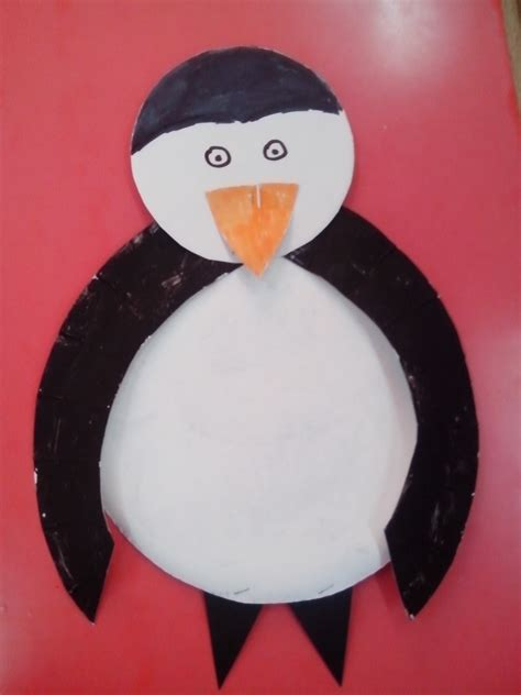 Penguin Paper Plate Craft - paper plate penguin family crafts
