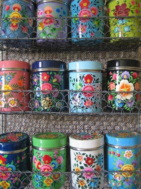 frascos decorados tipo vintage 28 ideas para decorar una cocina al estilo vintage