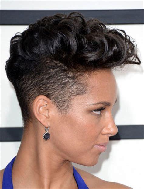 hairstyle ideas uk alicia keys curly mohawk at the 2014 grammy awards