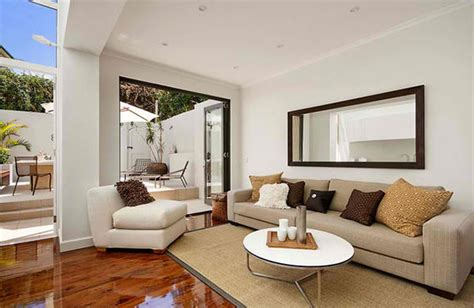 How To Decorate A Narrow Living Room by How To Decorate Narrow Living Room House Decorators