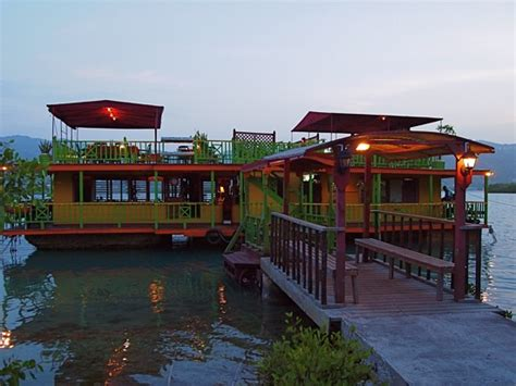houseboat montego bay taste of the caribbean houseboat grill in montego bay