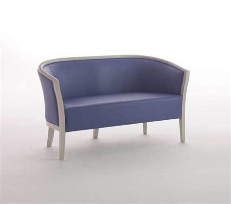 divanetti attesa divanetto imbottito per aree attesa idfdesign