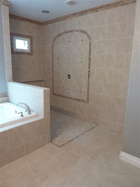 Doorless Walk In Shower We Just Need To Get The Doorless Doorless Showers For Small Bathrooms