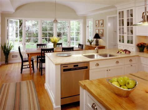 classic kitchens cabinets classic kitchen cabinets pictures ideas tips from hgtv