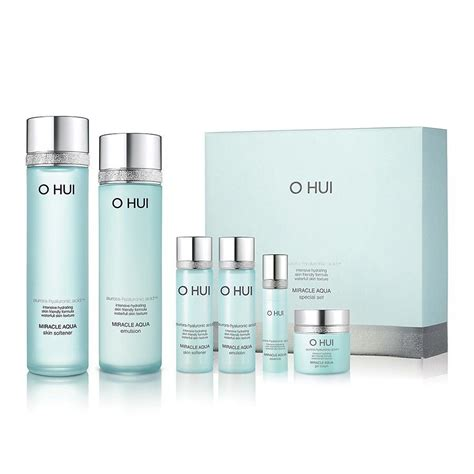 Lotus Aqua Bloom Toner ohui miracle aqua skincare special set for combination