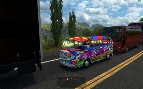 volkswagen hippie v2 in traffic