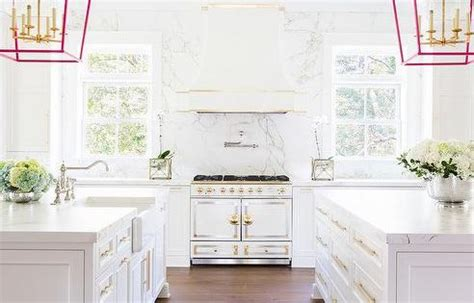 Pink Chandelier Burleson 51 Kitchen Designs To Inspire Your Kitchen Renovation Pink Accents Islands And Cabinets