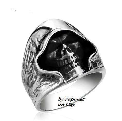 Skull Ring Mens Ring Biker Ring Stainless Ring Cool by Vaponet