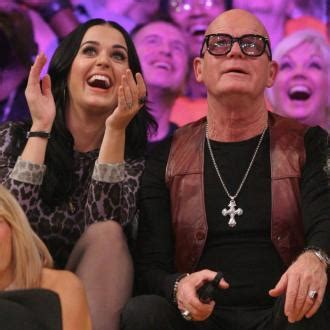 katy perry biography her family katy perry katy perry s half sister slams father