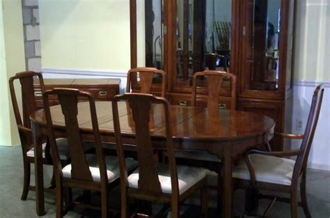 maple dining room table ethan allen maple dining room table and chairs dining room
