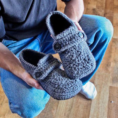 free mens slipper crochet patterns crochet pattern for mens slippers crochet and knit