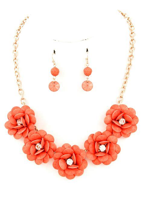 acrylic flower necklace set necklaces