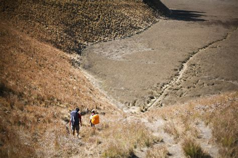 film balap mobil di gunung kisah mengharukan dua pendaki yang tersesat di gunung