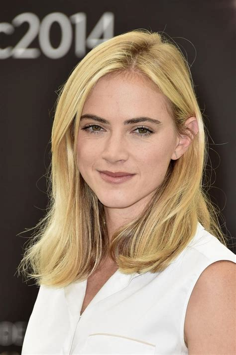 emily wickersham profile photos news bio celebnest