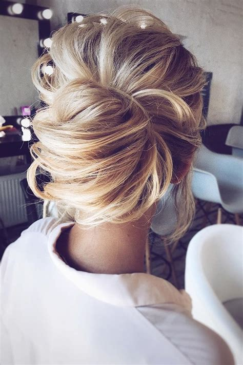 Wedding Hairstyles For Hair Updos by Best 25 Medium Updo Hairstyles Ideas On