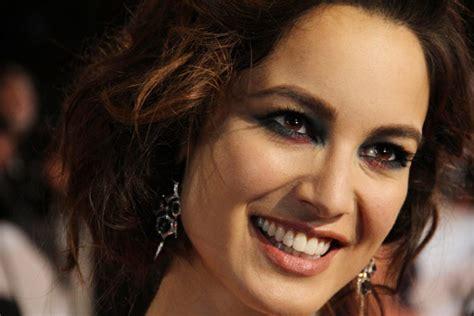 james bond film actress james bond film skyfall premieres in london china org cn