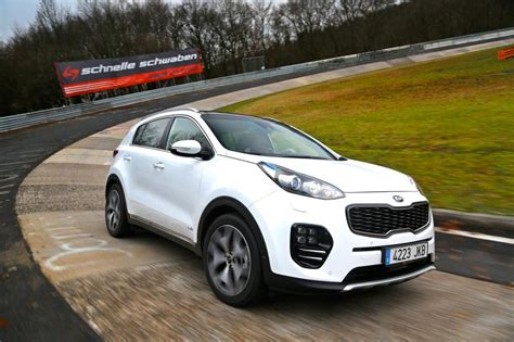 New Kia Sportage Review New Kia Sportage 2016 Review Pictures Auto Express