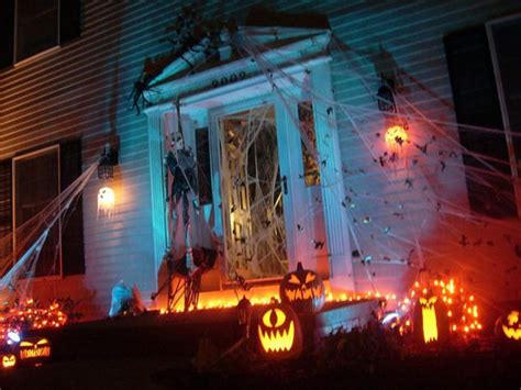 ideas outdoor halloween decoration ideas to make your spooky halloween front yard decorations damn cool pictures