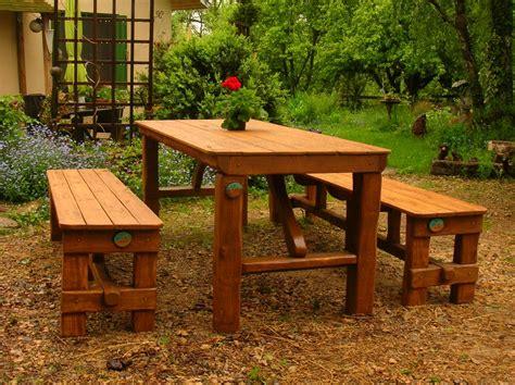 Table Et Banc De Jardin En Bois. Affordable Table Et Banc