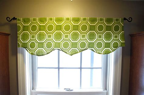Simple Window Valance Easy Window Valance Living Rich On Lessliving Rich On Less