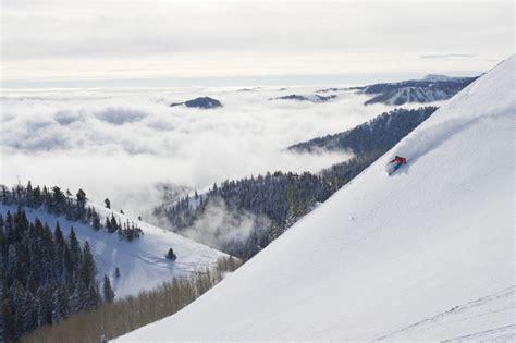 fare deals secret season brings deals for skiers snowboarders toronto
