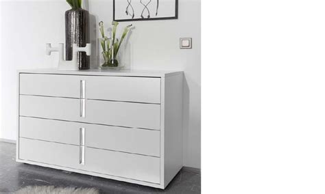 commode chambre adulte commode design blanche et chrom 233 chambre adulte