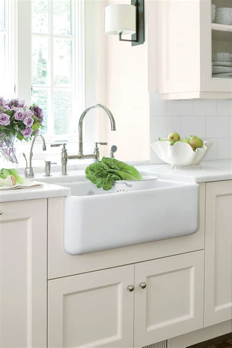 Farmhouse Sink Ideas by Farmhouse Sinks With Vintage Charm Southern Living