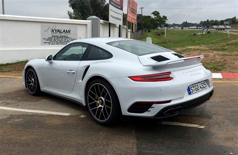 porsche carrera 2016 2016 porsche 911 turbo and turbo s review caradvice
