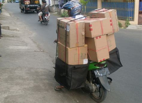Tas Angkut Motor jual tas obrok pak pos murah suryaguna distributor