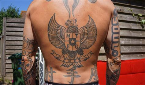 indonesia garuda tattoo indonesian garuda tattoo www pixshark com images