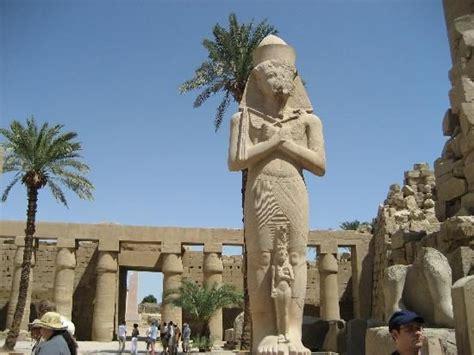 imagenes estatuas egipcias escultura de egipto