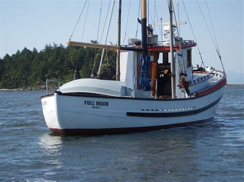 small boats for sale washington state 44 best salmon trollers images on pinterest boats