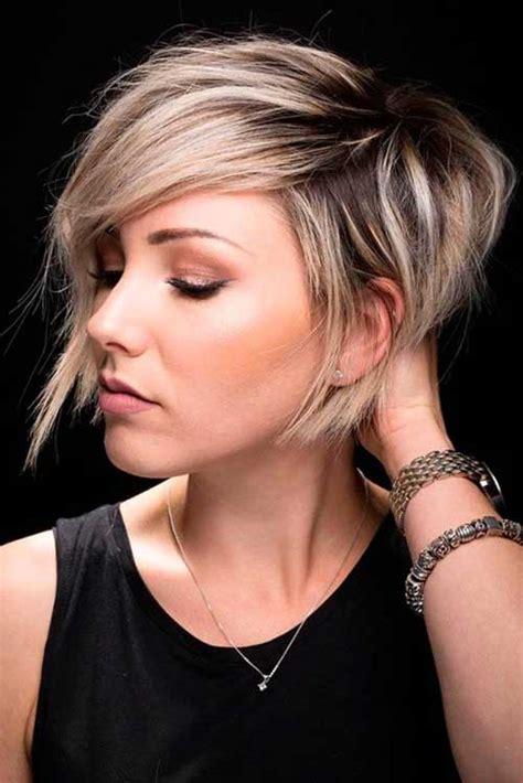 moderne und stilvolle kurze haarschnitte fuer damen neue