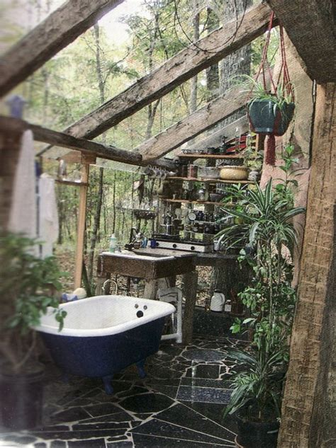 amazing outdoor bathroomshower ideas