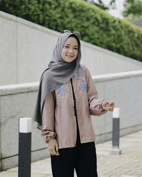 model jilbab cantik murah terbaru jadi trend