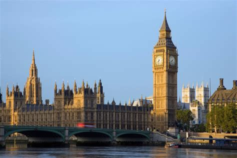 big ben how do they change the time on big ben clocks going back