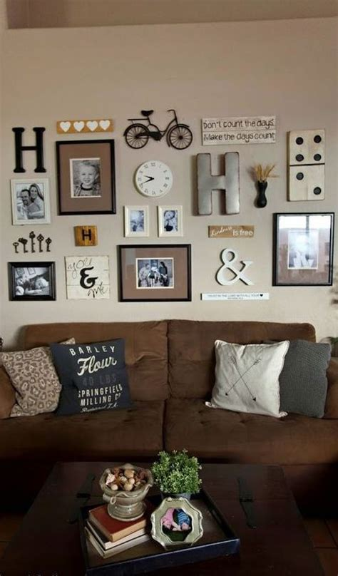 Home Interior Wall Pictures by Best 20 Family Wall Decor Ideas On Family