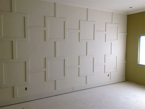 Wainscoting Patterns by Could Diy This Wall Treatment Diy Shorts