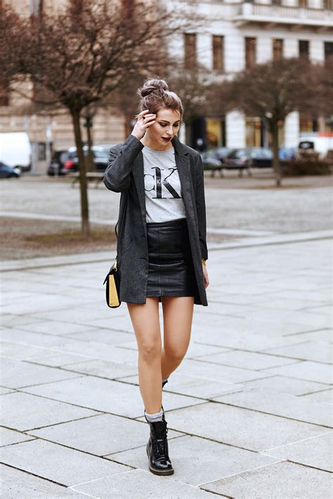blogger outfit 90s revival grunge outfit calvin klein trend berlin german