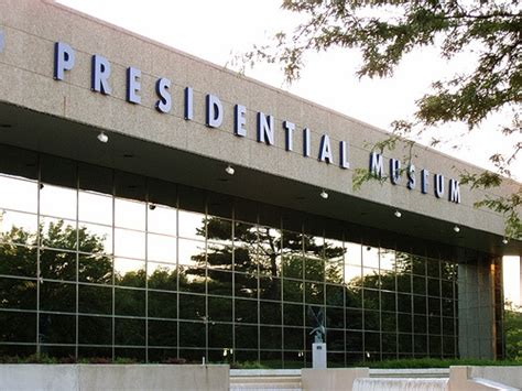 Gerald R Ford Presidential Library Museum by Pin By Zelenak Hyre On Pin To Win Michigan In
