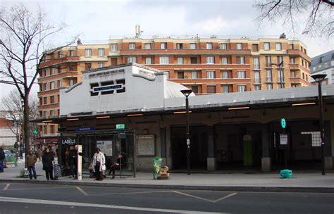 metro porte des lilas le m 233 tropolitain de ligne 3bis hier