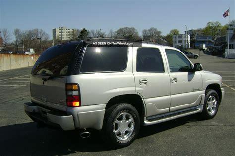 2004 gmc yukon denali 6 0l vortec v8 auto awd 3rd row seating