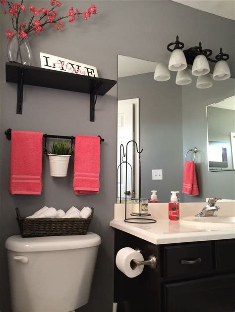 black and gray bathroom decor my bathroom remodel love it kohls towels kohls shower