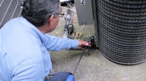 How To Find A Air Leak In A Air Mattress by How To Discover Freon Leaks In Air Conditioners Air