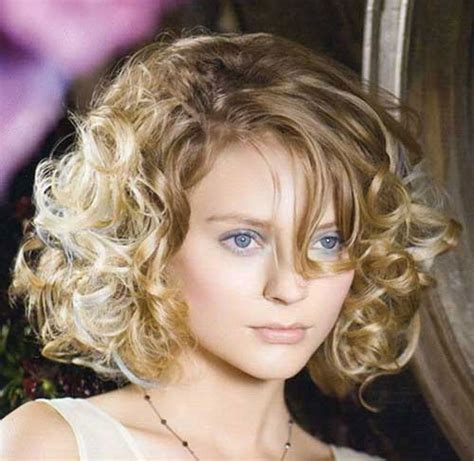 curly hairstyles round face shape 15 short curly hair for round faces short hairstyles