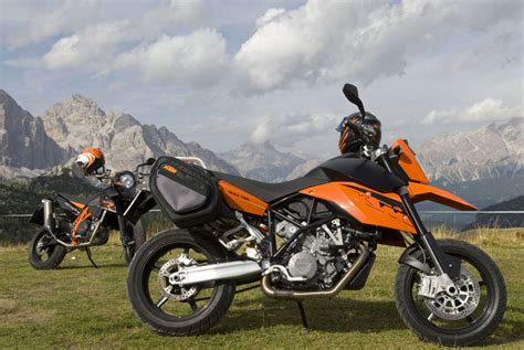 Ktm 990 Supermoto Top Speed 2012 Ktm 990 Sm T Motorcycle Review Top Speed