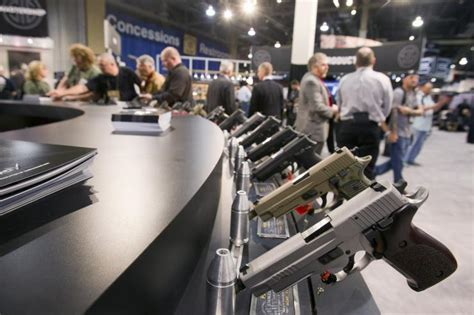 Universal Background Check Poll Gun Show In Las Vegas