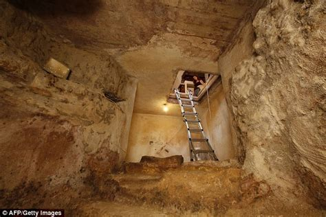 secret rooms found in houses ancient bath discovered family s living room in jerusalem daily mail