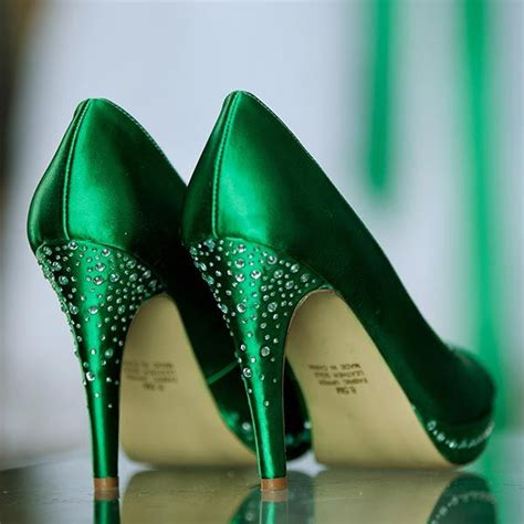 Wedding Green Shoes by 1000 Ideas About Emerald Green Weddings On
